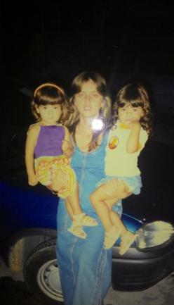 Marcela, Fernanda (mãe) e Amanda